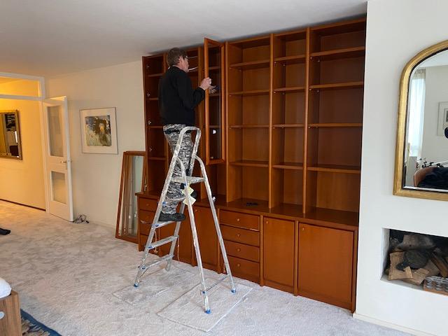 Demonteren van uw meubels door Kan kwaliteitsverhuizers